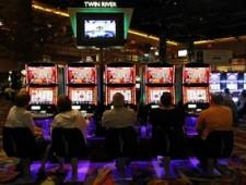 Игровые автоматы на деньги - как избежать больших потерь